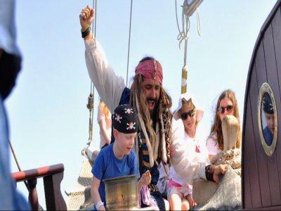 海盗船冒险Jandía公园儿童4小时