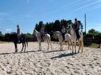 Práctica en caballo antes de la ruta