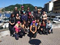 Grupo de buceadores en Donosti