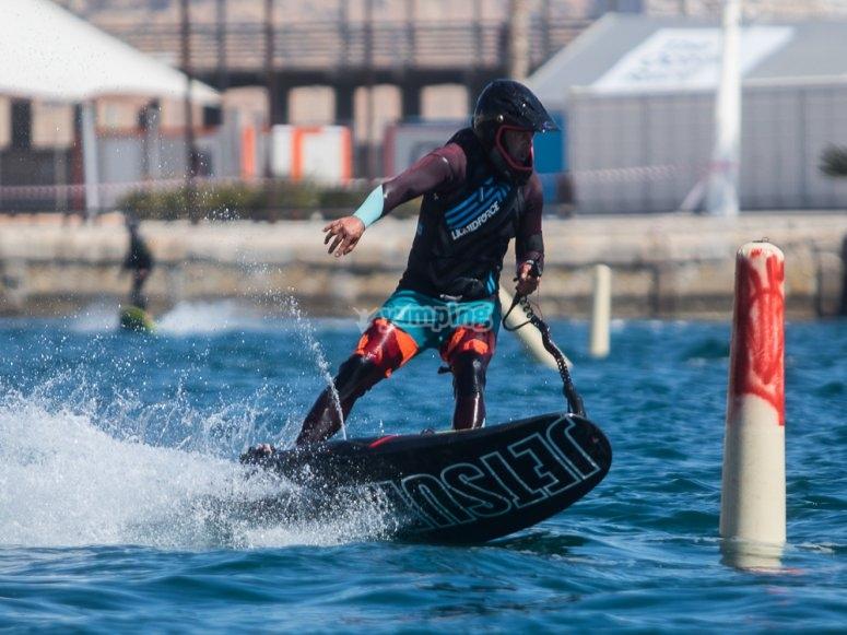 Circuito jet surf en Puerto Alicante