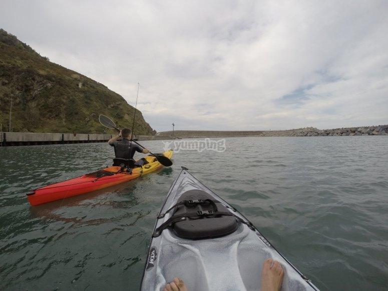 Pescando en kayak en el Golfo de Vizcaya