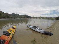 Kayaks equipados para pescar