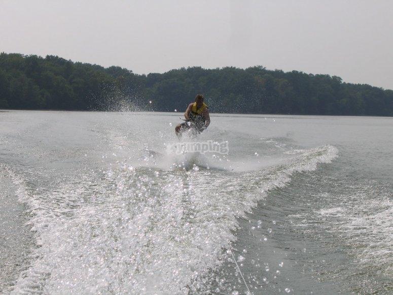 Chaleco salvavidas y tabla de kneeboard