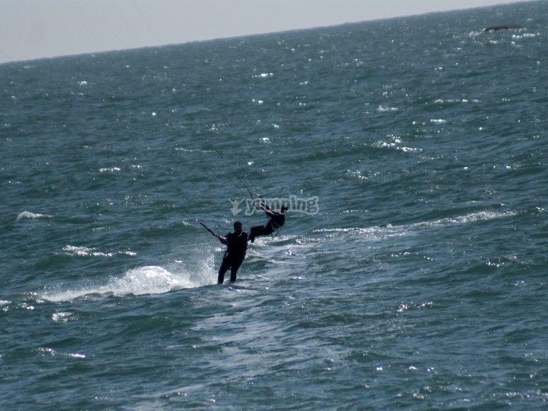 Surfeando en la Costa del Sol