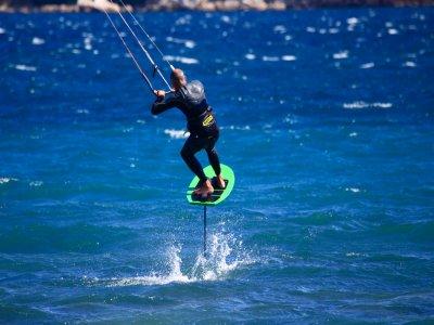 太阳海岸为期3天的风筝冲浪课程