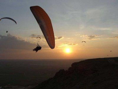 2-seat acrobatic paraglide flight Guadalajara 30m
