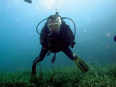 马贝拉的PADI潜水长潜水课程