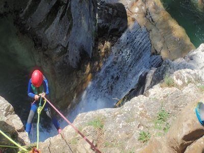 Canyoning course 2 days in Huesca