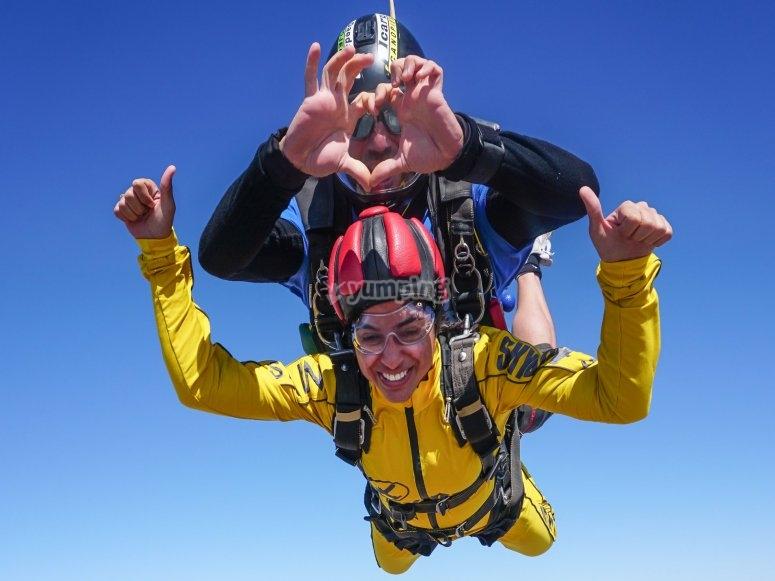 Salto con paracadute Festa della mamma