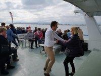 Crucero con comida y ruta moto de agua en Valencia