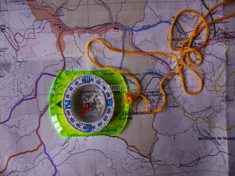 指南针指南与地图