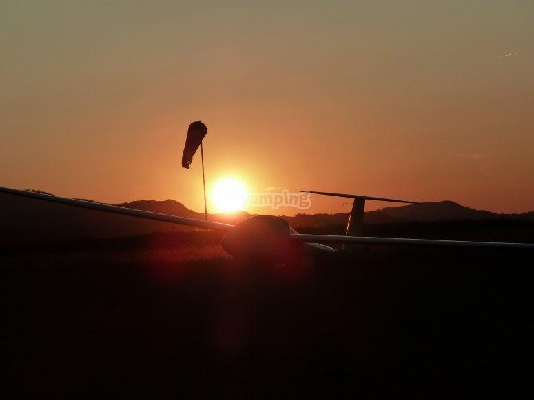 Flight at sunset in Ordesa
