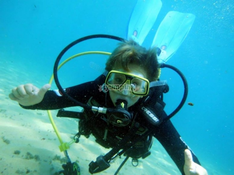 情侣布拉瓦海岸潜水