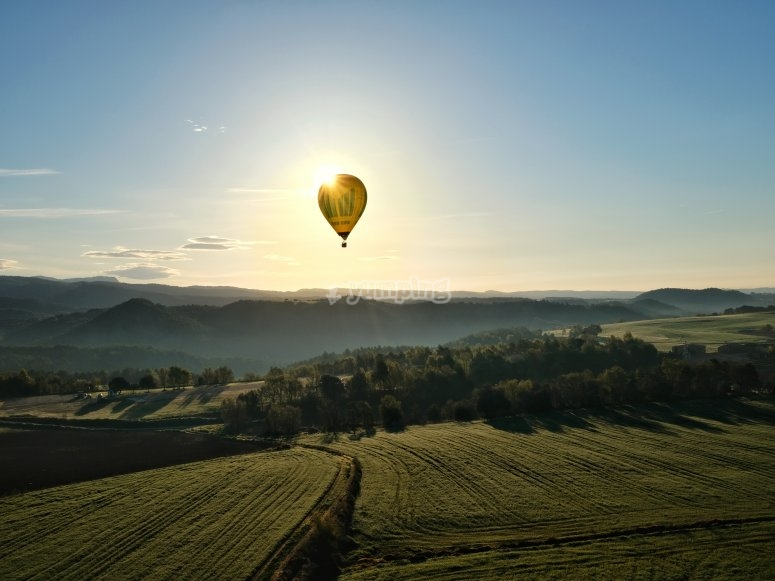 Balloon ride in the region of Bages