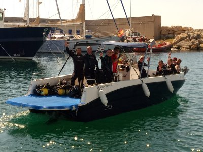 Gita in barca lungo la costa di Tarragona 2 ore