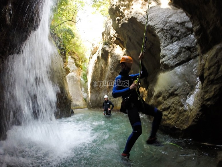 Water canyoning for groups