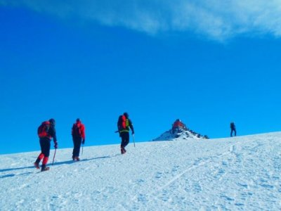 Aventúrate Sierra de las Nieves Raquetas de Nieve