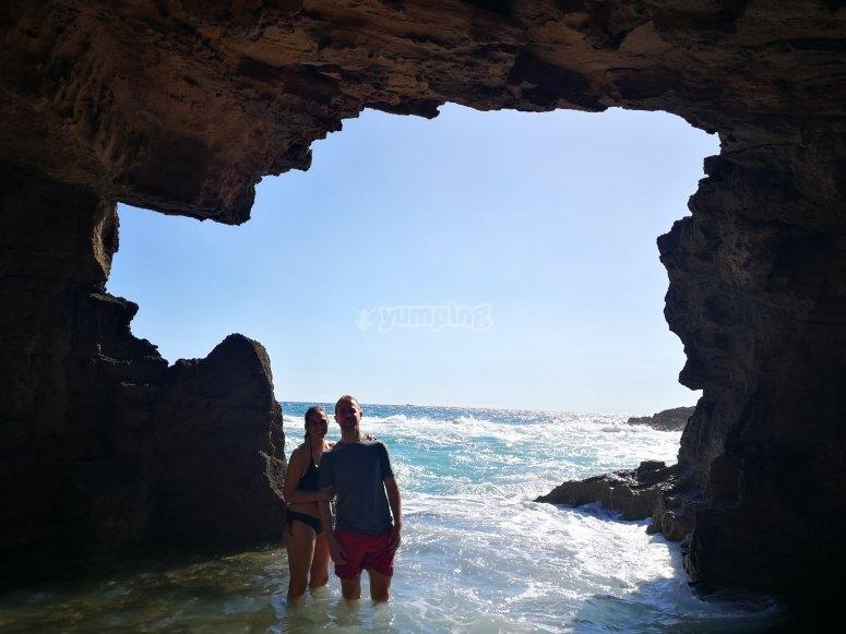 Foto dentro de la cueva