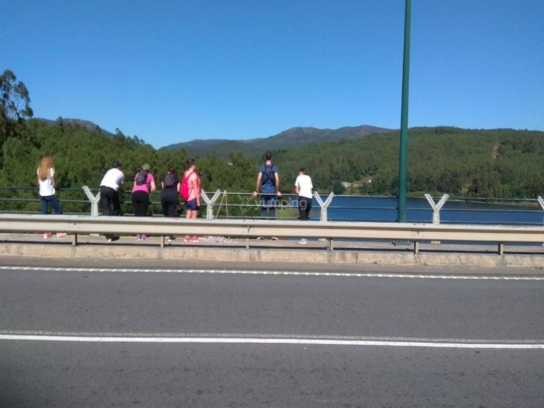 Preparados para saltar del puente