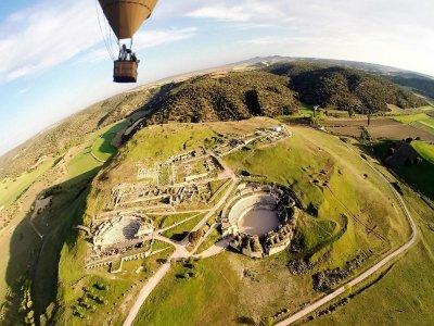 儿童在Segóbriga的3小时气球之旅