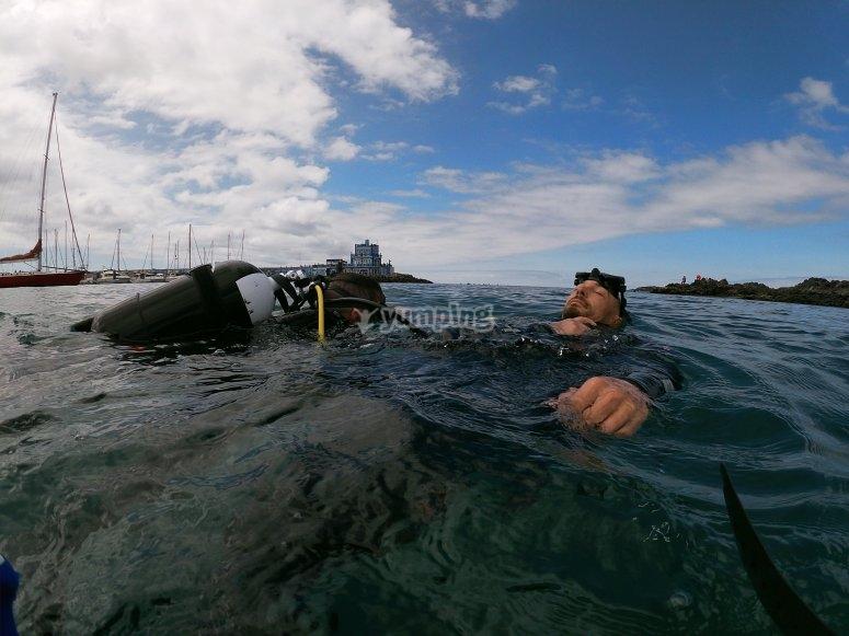 Ejercicios en superficie del curso Open Water Diver