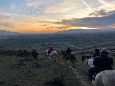 Excursión a caballo nocturna por La Pedriza 4 h