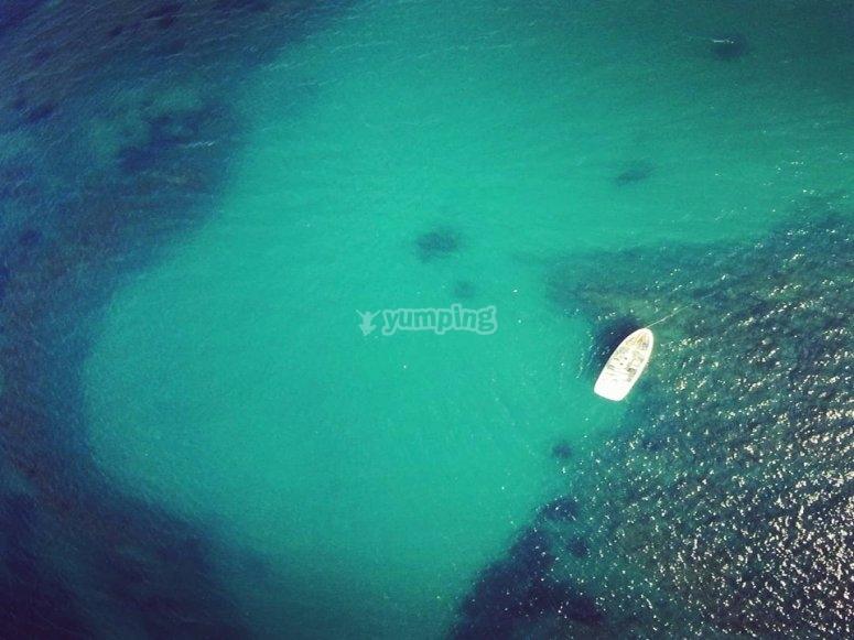 从空中观看我们的船