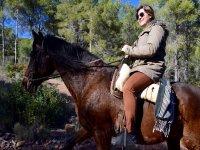Disfrutando montando a caballo en Valencia