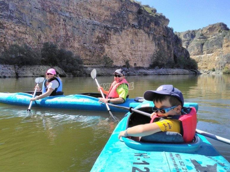 Salida en familia kayak Segovia
