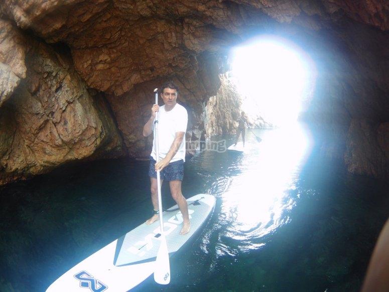 SUP的水下洞穴探险