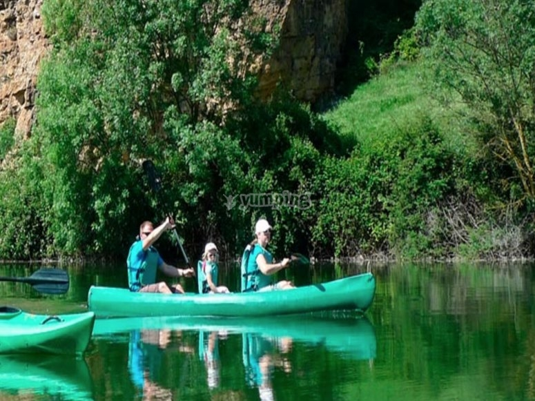 Family kayak trip in Segovia