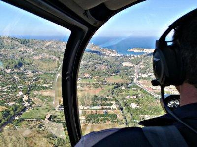 Volar sobre Palma de Mallorca durante 15min