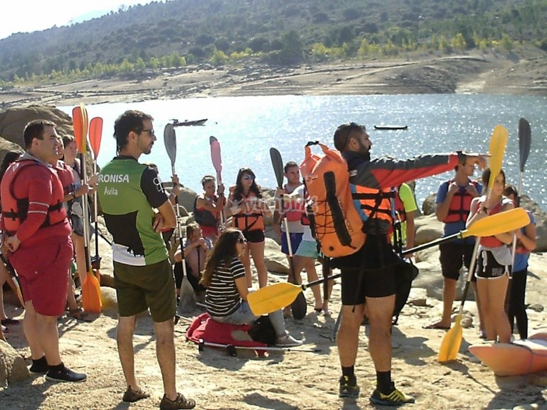 Instructores de kayak