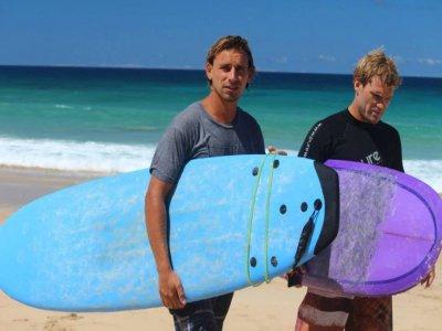 Lezione di surf a Corralejo 3-4 ore