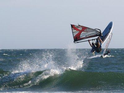 Lezione di windsurf a Corralejo 2-3 ore