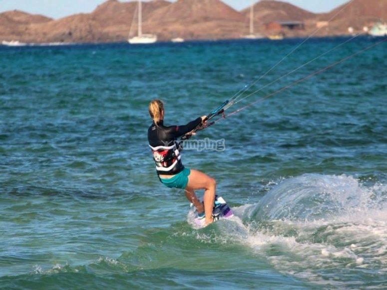 Curso de kitesurf para principiantes Fuerteventura