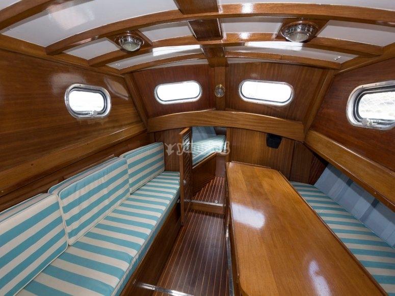 Interior de embarcación