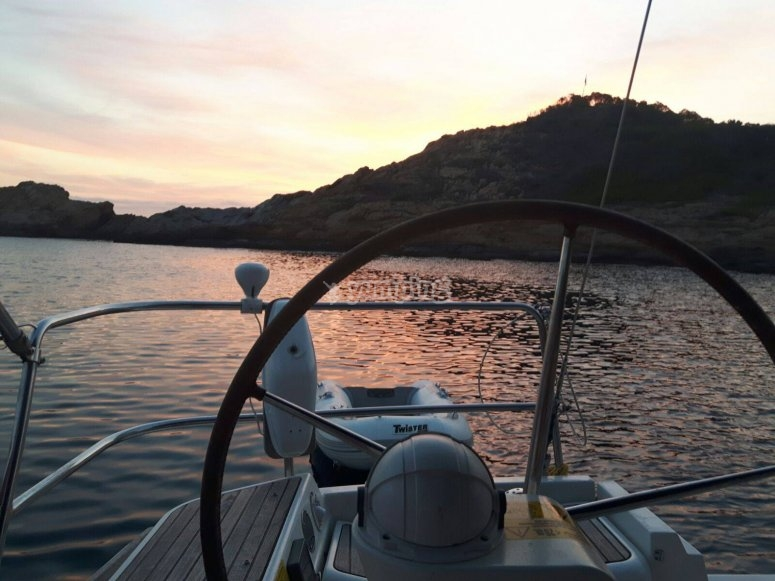 Tour especial parejas en barco Barcelona
