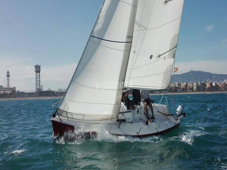 Travesía en velero para parejas Barcelona