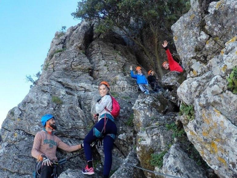 En las rocas de Hacho
