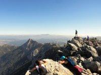 徒步前往 El Torreón Grazalema 2 级峰