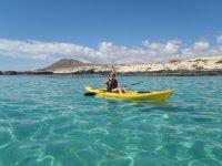 Tour Kayak SUP y Snorkel Bahía Corralejo 2 h 30 m