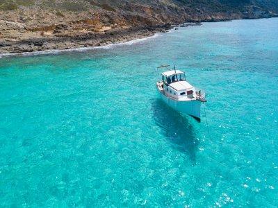 在日落时乘船游览马略卡岛2小时