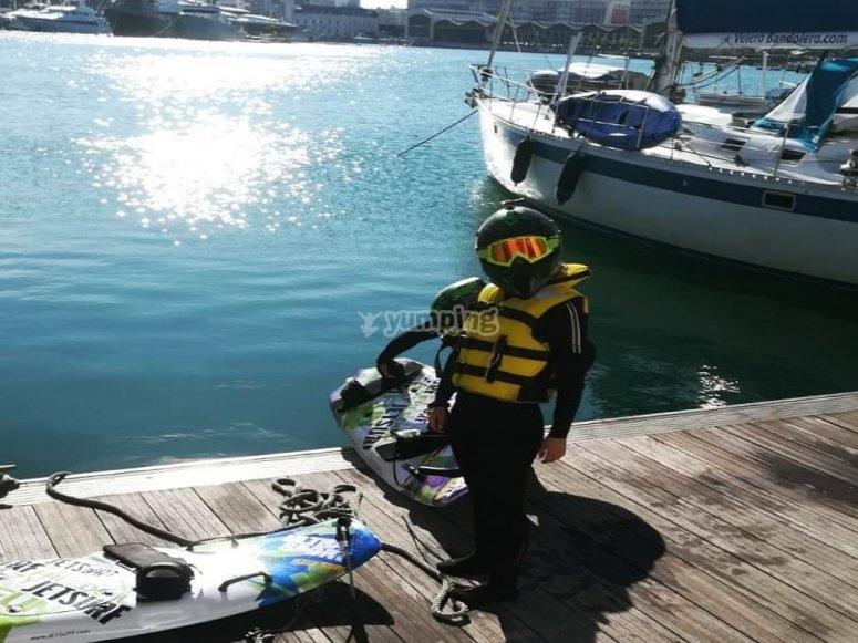 Casco para practicar jetsurf en Dénia