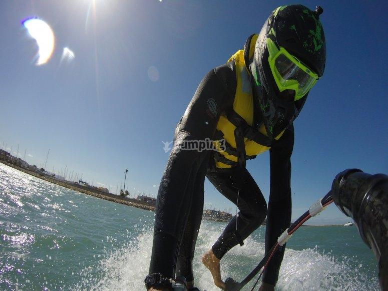 Practicando jetsurf en Dénia