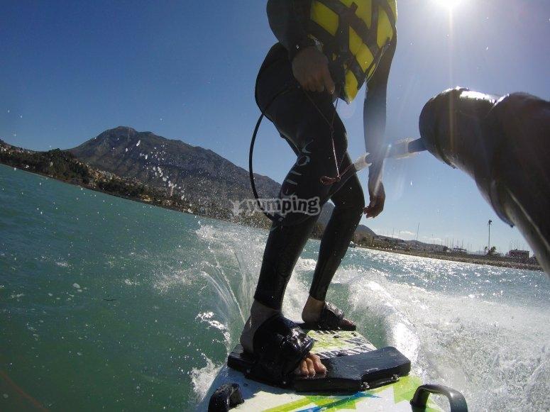 Surf en tabla a motor Dénia