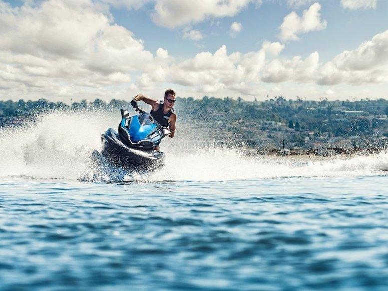 Jet ski Costa orientale