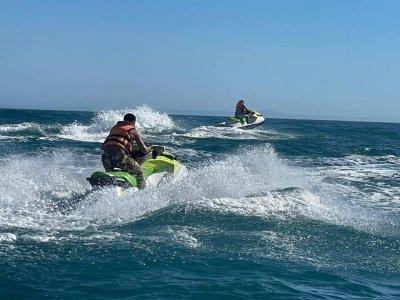 Ruta en moto de agua por la costa de Estepona 2 h