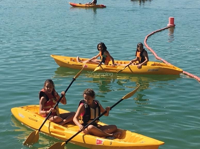 kayak biplaza en embalse de Cubillas
