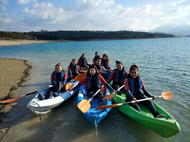 Paseo en kayak para niños